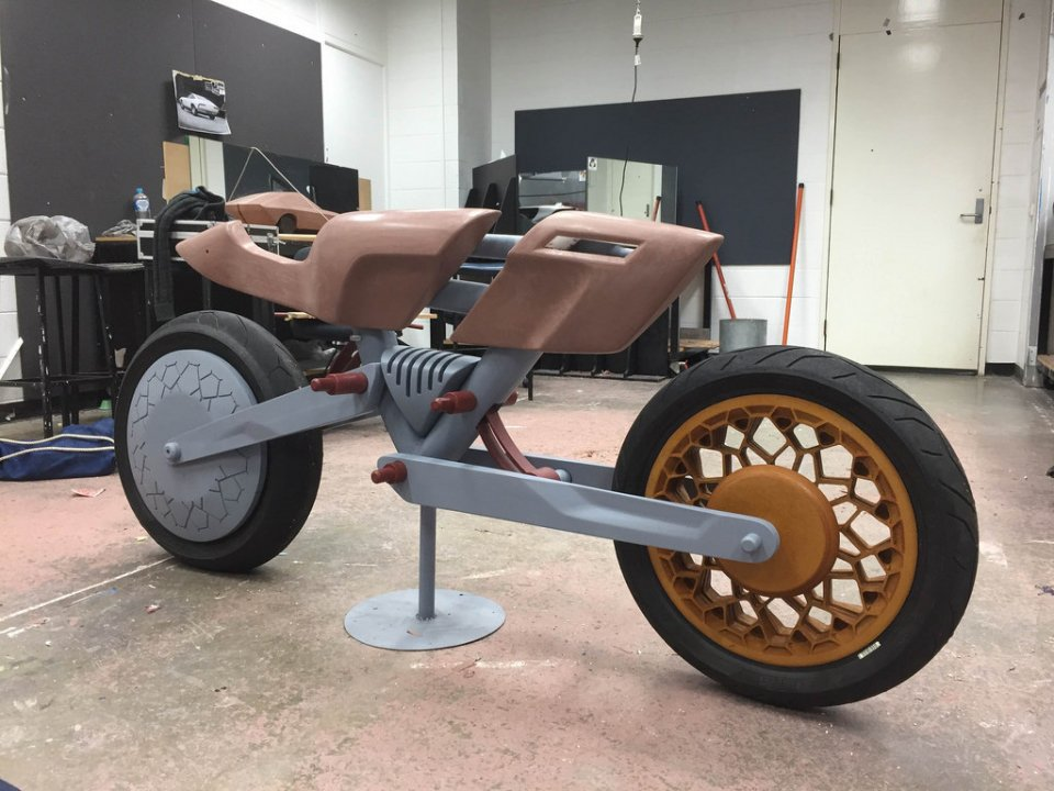 mobility-design-lab-motorcycle-evolution-3