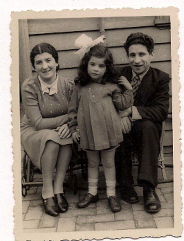 Aviva Kowadlo Silbergeld aged 5