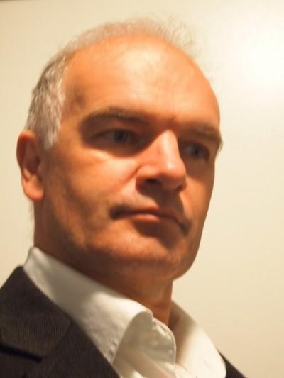 Dr Damon Honnery