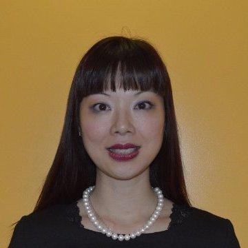 Yvonne Au