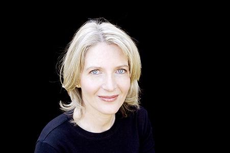 Dr Elizabeth Finkel AM