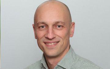 Professor Rob Raven