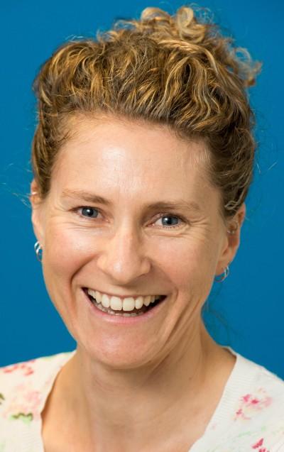 Dr Melanie Gibson-Helm