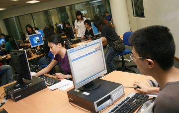 Students in computer lab closeup