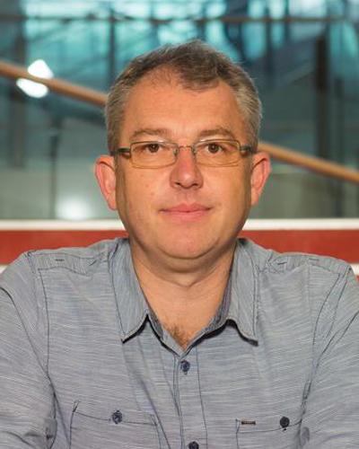 Dr Michael Phillips