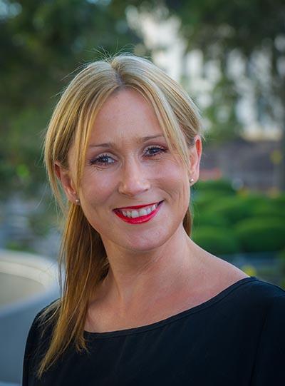 Professor Nicole Rinehart