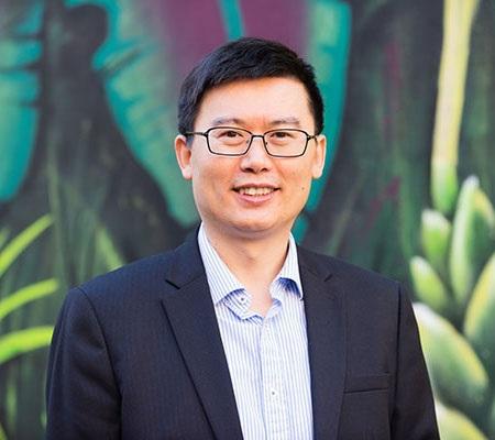 Professor Yuming Guo