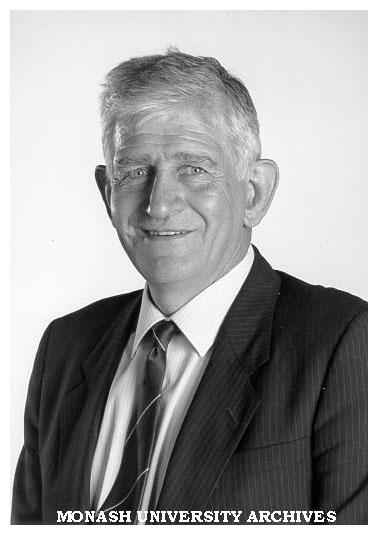 Dr Geoffrey Vaughan AO