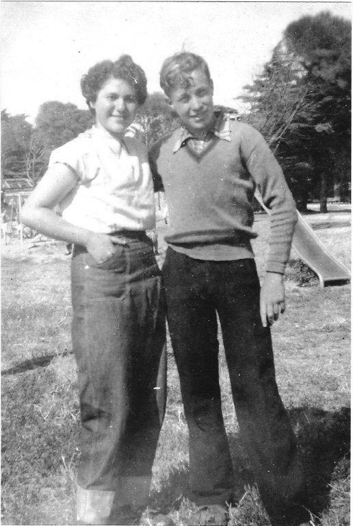 Danielle Gryfenberg-Charak with David Burstin at SKIF camp 1952-3 at Ocean Grove