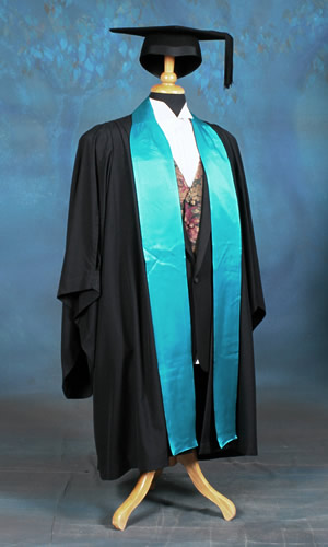 Faculty of Business and Economics academic dress. Colour: Peacock green