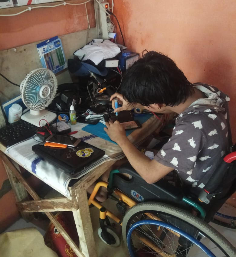 Micro-volunteering support for disabled citizens