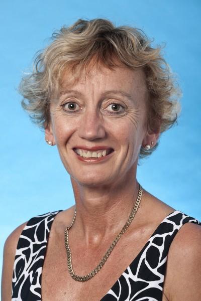 Dr Jennifer Newton