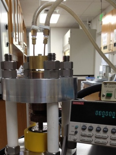 The instrument can study chemical reactions under very high pressures