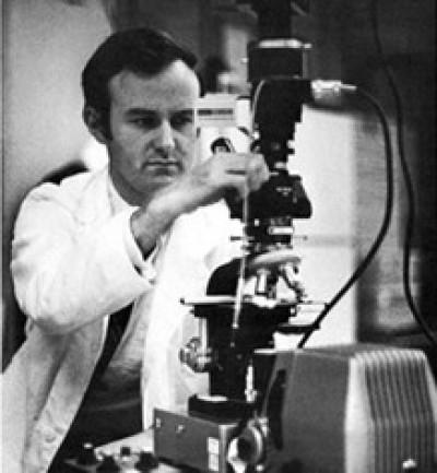 Professor Barry L. Reed