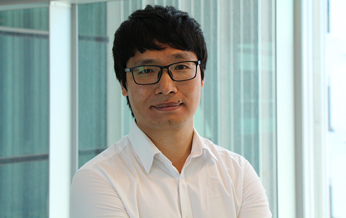 PhD student Jiawei Wang from the Lithgow lab