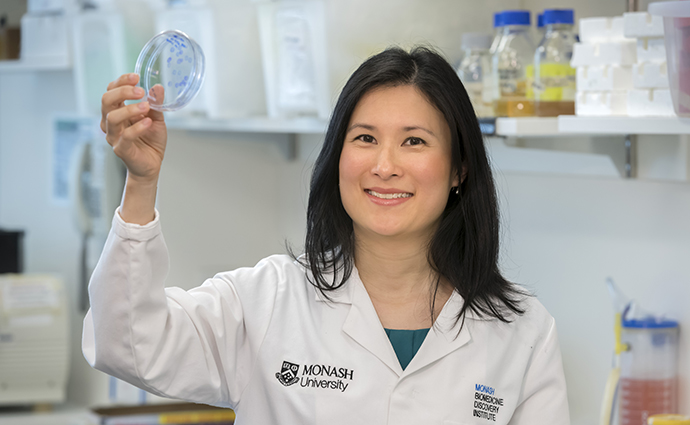 Dr Tracy Heng.