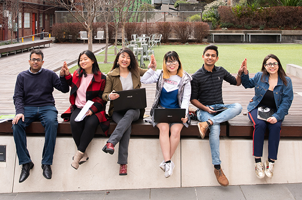 Image of international students (Credit: IEAA)
