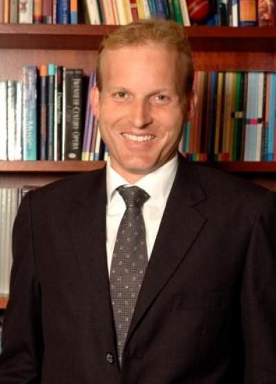 Dr Peter Tregear