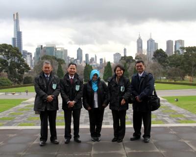 Senior managers from Sekretariat Negara Republik Indonesia. L-R: Eko Harnowo, Syarif Hidayatullah, Indriawaty, Nurmeilawati and Conakry Marsono Yamtomo.