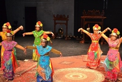 Dance from old Jakarta