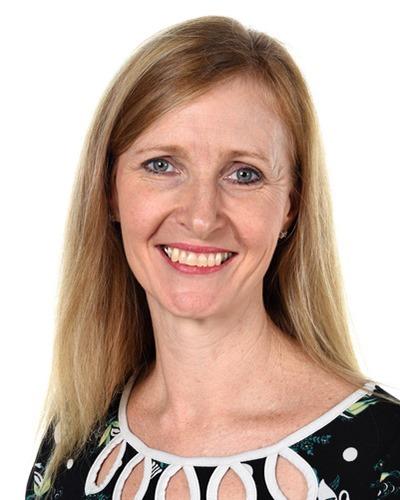 Kerrie Weippert-Rowe