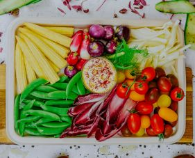 Vegetable sticks and dips