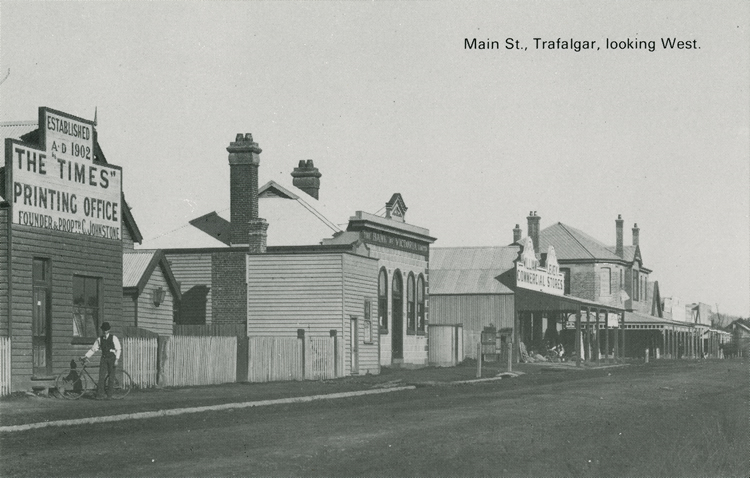 Main Street, Trafalgar, looking West