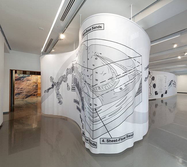 Mariana Castillo Deball-install-5