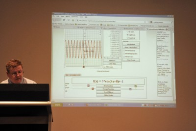 Dr Robert Panoff delivering a seminar