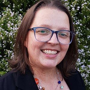 Dr Lynette Pretorius