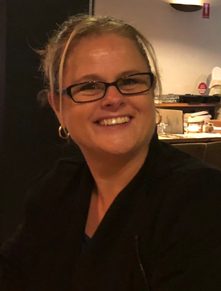 Dr. Suzanne Cross